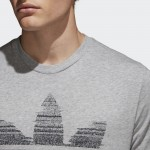 TRACTION IN ACTION TREFOIL TEE